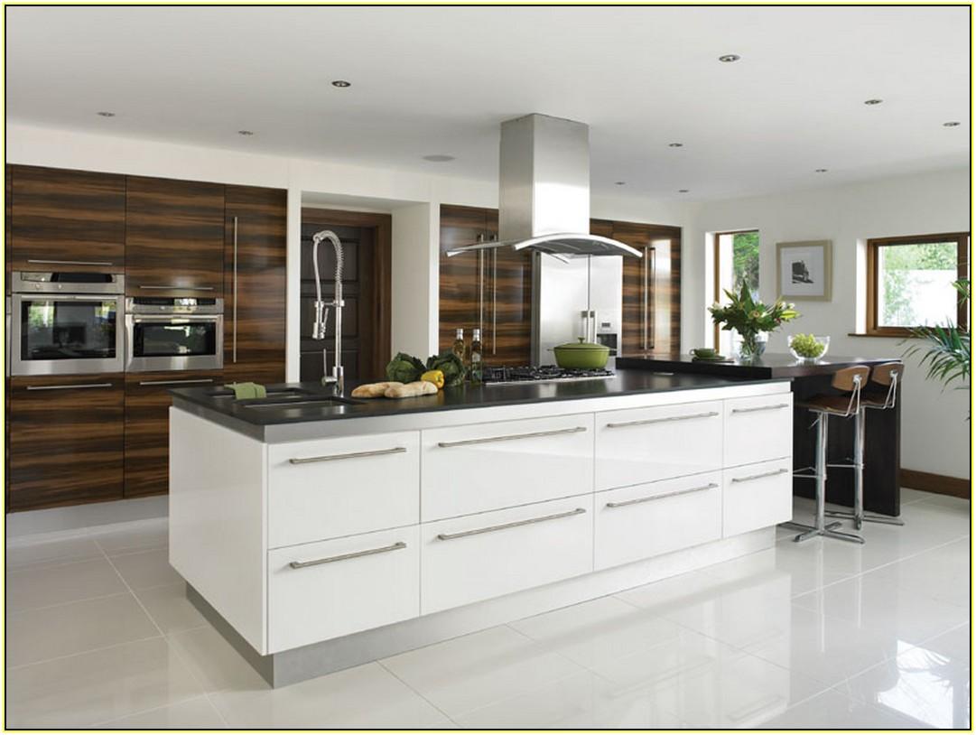 Glossy Kitchen Finishes